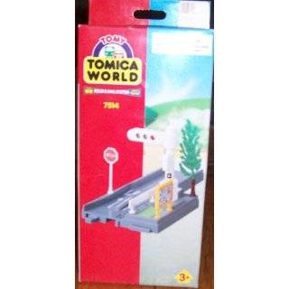 TOMICA WORLD Road & Rail System 7514 Traffic Light