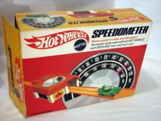 Vtg Hot Wheels Speedometer ~Rod Runner~Dual Lane Curved Track Redline