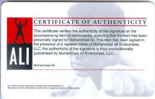 Muhammad Ali Signed Boxing Glove PSA /DNA 10 Autograph