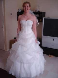 Customized White/Ivory Sweetheart Tulle fold Wedding Dresses all size