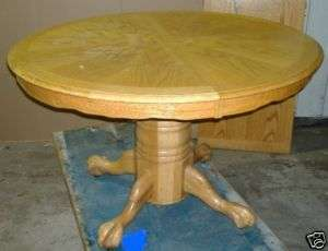 LIGHT WOODEN WOOD DINING ROOM TABLE