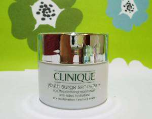 Clinique Youth Surge SPF 15/PA++ Age Moisturizer 15ml