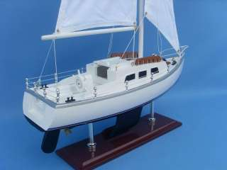 Catalina Yacht 24 Model Sailboat Wooden Replica Yacht |