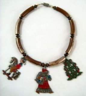 Vintage Holiday Christmas Arts & Crafts Santa Necklace