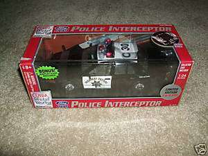 24 SCALE CALIFORNIA HIGHWAY PATROL CAR REPLICAS   NEW
