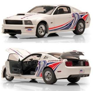 AUTOART 72921 118 2009 FORD MUSTANG COBRA JET WHITE W/LIVERY DIECAST