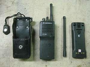 Motorola H01KDC9AA3DN HT1000 handie talkie FM radio
