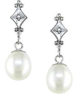 14 kt. White Gold Diamond Cultured Freshwater Pearl Drop Earrings