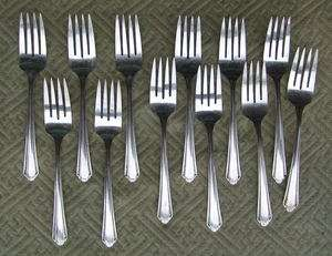 12 Wm A. Rogers A1 Plus Oneida Ltd Salad Forks