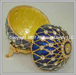 Egg Shaped Trinket Box / Keepsake Box w Swarovski Blue