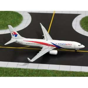 Gemini Jets Malaysia B737 800 Model Airplane Everything