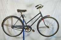Vintage 1950 Schwinn ladies New World Tourist bicycle bike blue