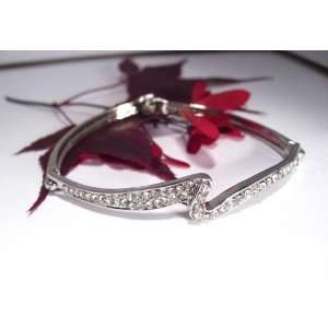 Fashion Plating Platinum and Diamond Bracelet br10019