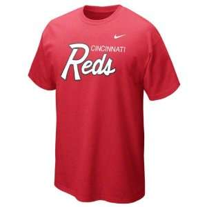 Cincinnati Reds Red Heather Nike Slidepiece T Shirt