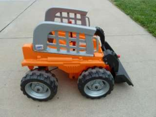 POWER WHEELS CATERPILLAR BOBCAT FRONT LOADER SKID STEER