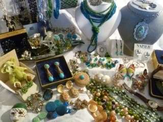 HUGE VINTAGE ESTATE VICTORIAN BLUE/GREEN JEWELRY LOT RHINESTONES