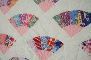 Vintage 30s Grandmothers Fan Hand Stitched Antique Quilt ~NICE SMALL