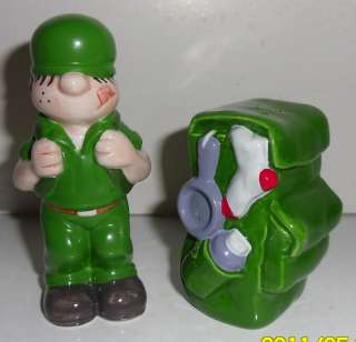 BEETLE BAILEY SALT & PEPPER 4 ENESCO 1999 KING FEATURE