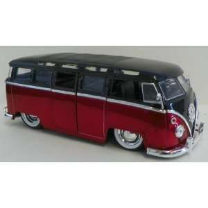 Jada Toys 1/24 Scale Diecast Big Time Kustoms 1962 Volkswagen Bus