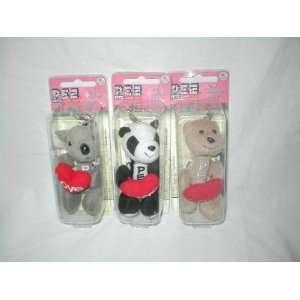 PEZ Petz Cuddle Cubs Candy Dispenser & Clip Holding Red Love Heart