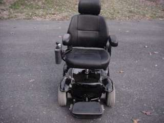 ELECTRIC MOBILITY POWER CHAIR SCOOTER IN EXCELLENT CONDITION
